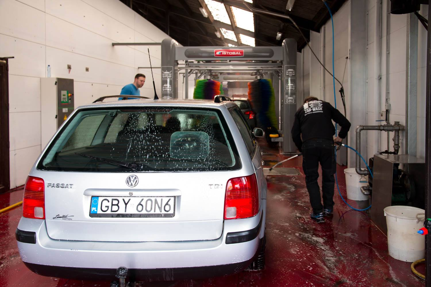 Tunnel Car-wash